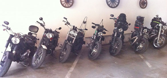 parking moto tones avaris motard cyclotourisme etape tour de france